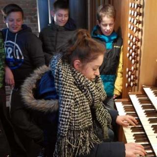 160112-orgelfuehrung_mi